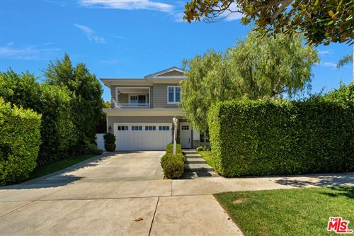 Photo of 127 N Bowling Green Way, Los Angeles, CA 90049 (MLS # 21783070)