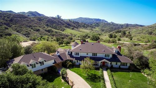 Photo of 24900 Paseo Del Rancho Rd, Calabasas, CA 91302 (MLS # 219012070)