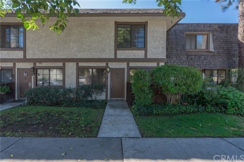 Photo of 18560 Vanowen Street #17, Reseda, CA 91335 (MLS # CV20207070)