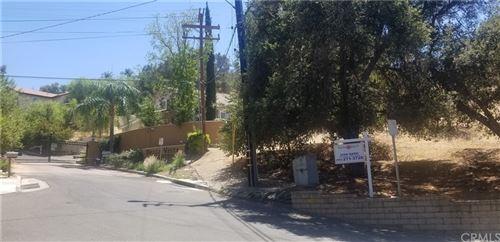 Photo of 24929 Bella Vista Drive, Newhall, CA 91321 (MLS # RS21200070)