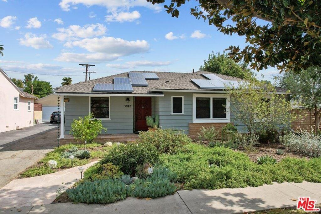 Photo of 5842 Costello Avenue, Van Nuys, CA 91401 (MLS # 21792070)