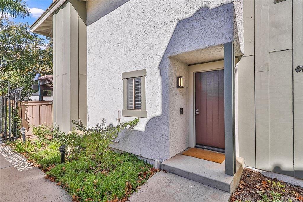 Photo of 2617 Los Arcos Circle #20, Thousand Oaks, CA 91360 (MLS # SR21233070)