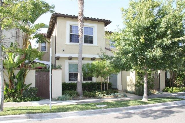 Photo for 603 E Water Street, Anaheim, CA 92805 (MLS # SW19201070)