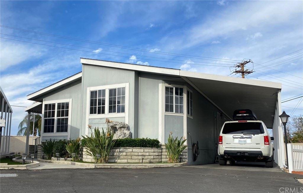 880 N Lake Street #51, Hemet, CA 92544 - MLS#: SW21001070