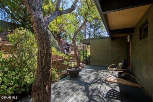Photo of 2023 Trentham Road, Thousand Oaks, CA 91361 (MLS # 221000071)