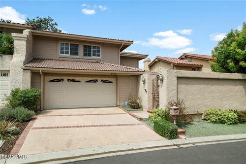 Photo of 4558 Tam Oshanter Drive, Westlake Village, CA 91362 (MLS # 221004071)