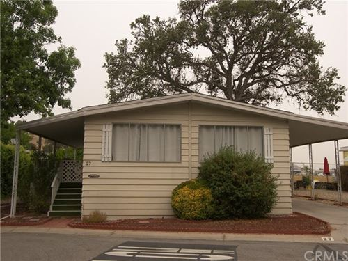 Photo of 27 Via Santa Barbara #27, Paso Robles, CA 93446 (MLS # NS20200071)