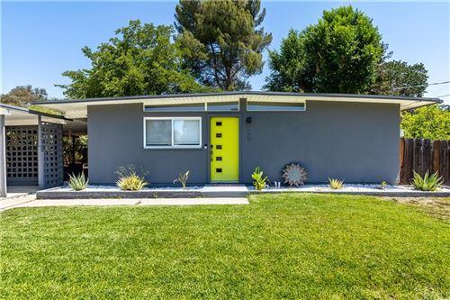 Photo of 629 Moss Avenue, Paso Robles, CA 93446 (MLS # PI21159071)