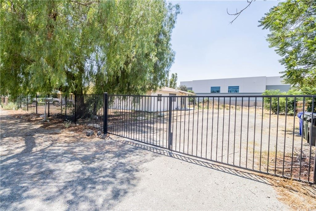 1843 W Bohnert Avenue, Rialto, CA 92377 - #: EV21153071