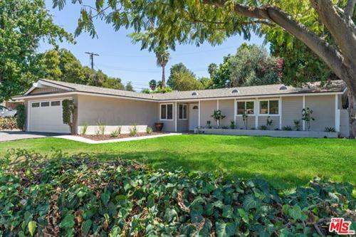 Photo of 20764 Clarendon Street, Woodland Hills, CA 91367 (MLS # 20618072)