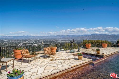 Photo of 8653 Edwin Drive, Los Angeles, CA 90046 (MLS # 21711072)