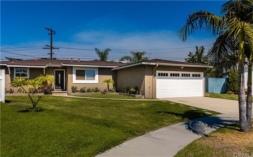 Photo of 605 S Kiama Street, Anaheim, CA 92802 (MLS # OC21211072)