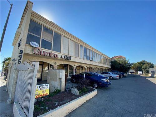 Photo of 945 S Prairie Avenue, Inglewood, CA 90301 (MLS # SB20030072)