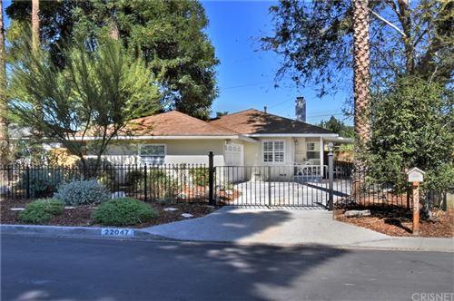 Photo of 22047 Runnymede Street, Canoga Park, CA 91303 (MLS # SR21231072)