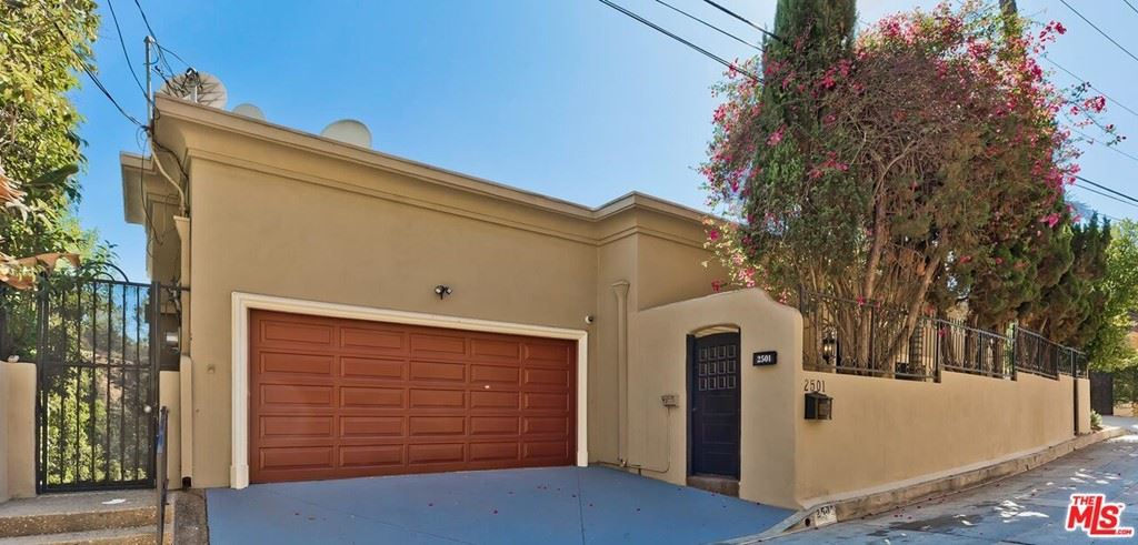 Photo of 2501 Bowmont Drive, Beverly Hills, CA 90210 (MLS # 20656072)