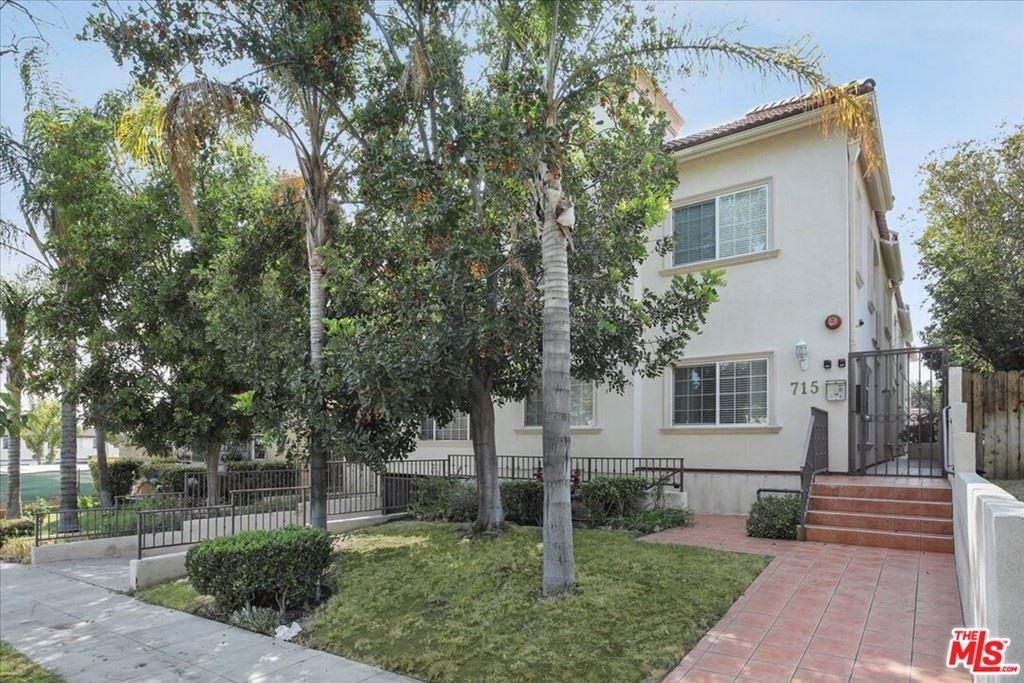 Photo of 715 E Angeleno Avenue #105, Burbank, CA 91501 (MLS # 21764072)