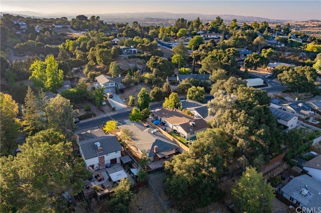 Photo of 4547 Yerba Avenue, Atascadero, CA 93422 (MLS # NS21183072)