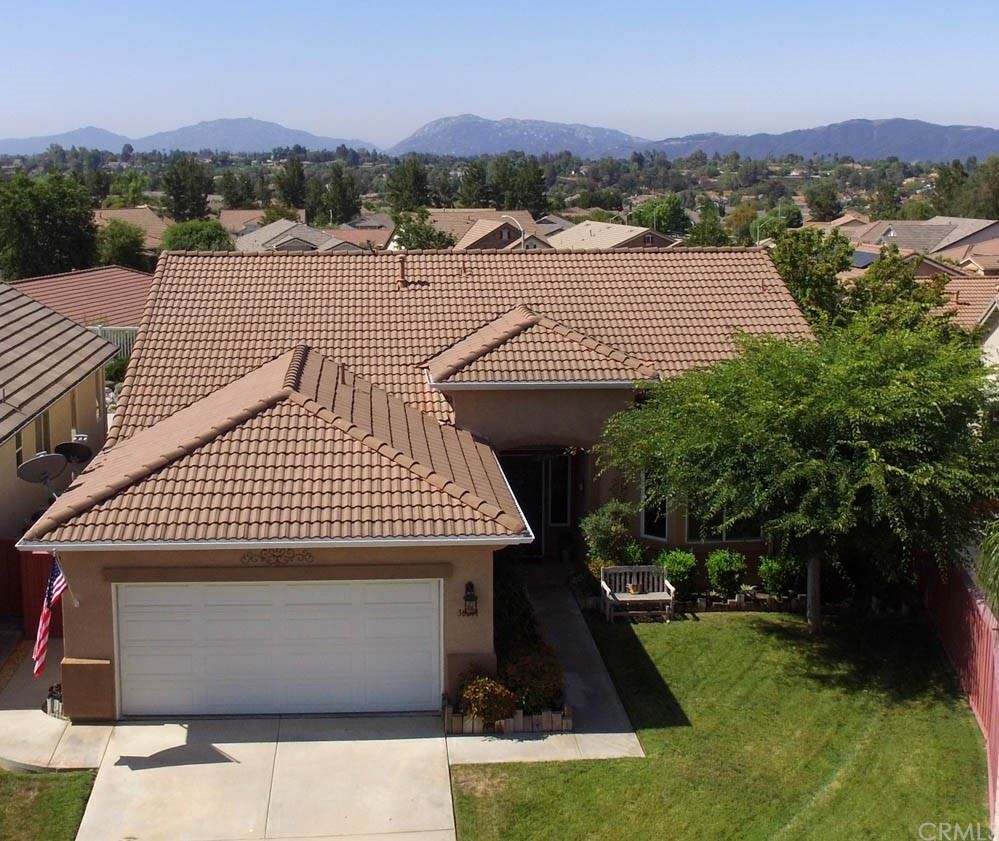 30211 Iron Horse Drive, Murrieta, CA 92563 - MLS#: SW21145072