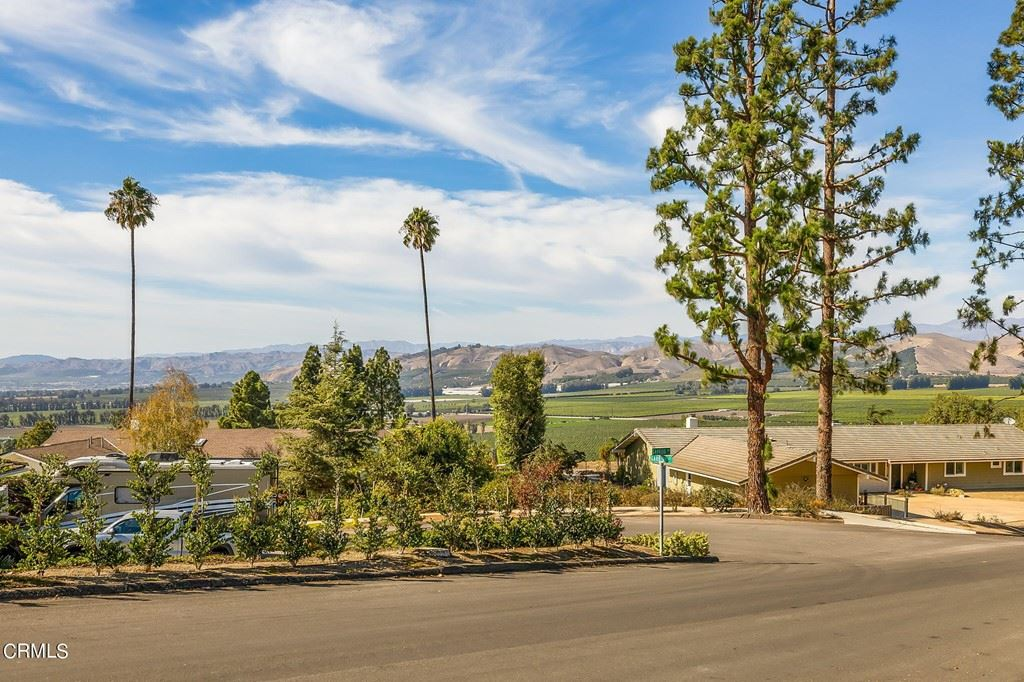 Photo of 1109 Garrido Drive, Camarillo, CA 93010 (MLS # V1-9072)