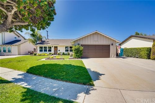 Photo of 15461 Victoria Lane, Huntington Beach, CA 92647 (MLS # OC20200073)