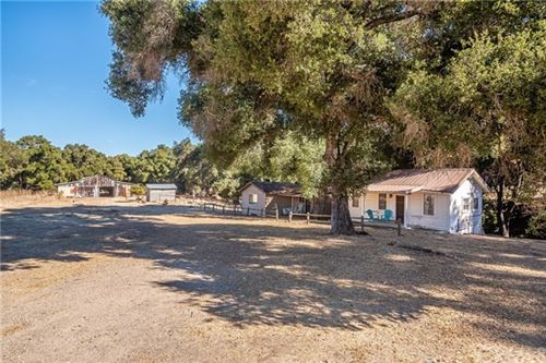 Photo of 7605 Santa Cruz RD, Atascadero, CA 93422 (MLS # SP20244073)