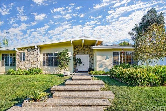 Photo of 23820 Berdon Street, Woodland Hills, CA 91367 (MLS # SR20199073)
