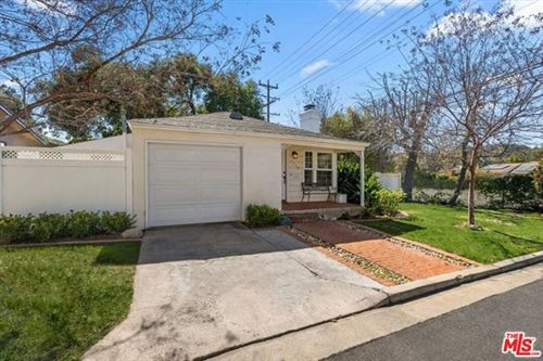 Photo of 1758 Brook Lane, Glendale, CA 91208 (MLS # 21698074)