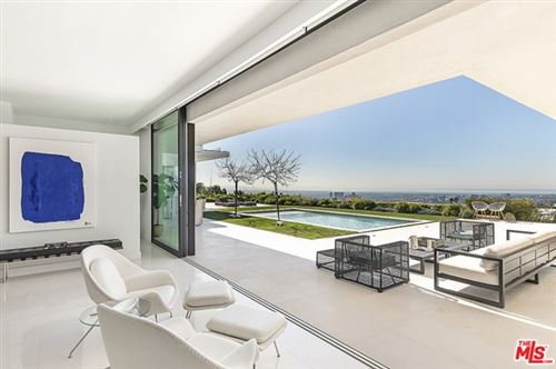 Photo of 555 CHALETTE Drive, Beverly Hills, CA 90210 (MLS # 21745074)