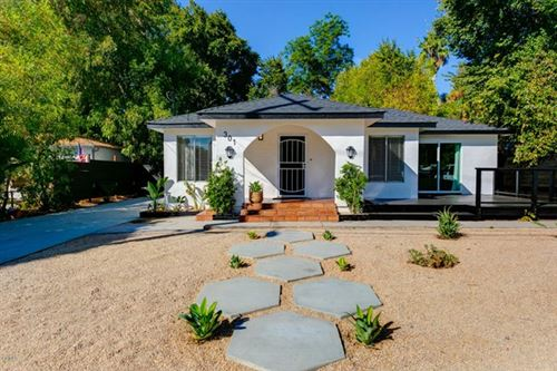 Photo of 301 Park Road, Ojai, CA 93023 (MLS # V1-2074)
