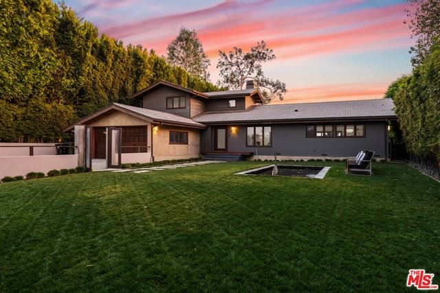 Photo of 12644 Mulholland Drive, Beverly Hills, CA 90210 (MLS # 21682074)