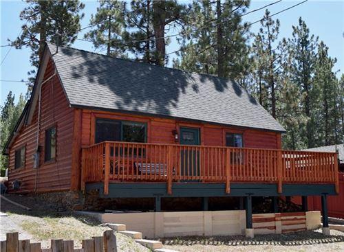 Photo of 40021 Glenview Road, Big Bear, CA 92315 (MLS # TR20153075)