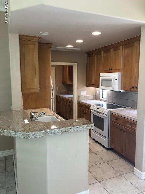 Photo of 643 Crestview Avenue, Camarillo, CA 93010 (MLS # V1-2075)