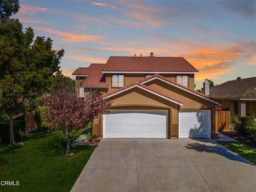 Photo of 19611 Sunrise Summit Drive, Canyon Country, CA 91351 (MLS # V1-9076)
