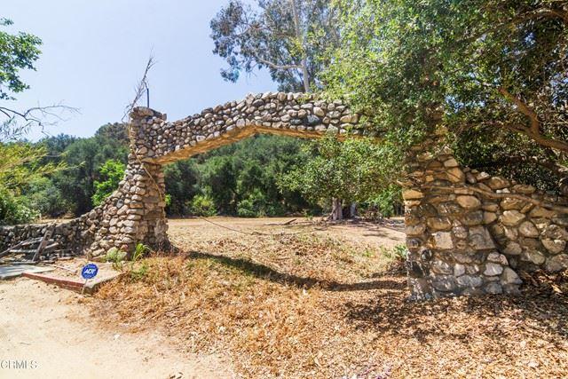 Photo of 14 Mountain Oaks Park Drive, La Crescenta, CA 91214 (MLS # P1-5076)