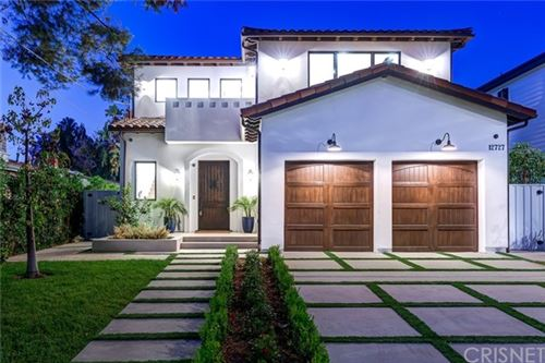 Photo of 12727 Landale Street, Studio City, CA 91604 (MLS # SR20003077)