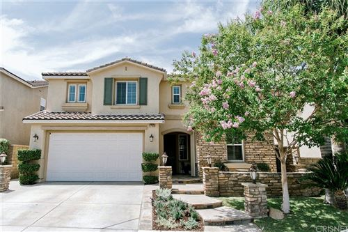 Photo of 17402 Dove Willow Street, Canyon Country, CA 91387 (MLS # SR21161077)