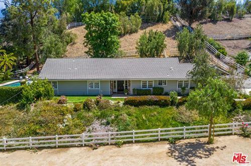 Photo of 5626 Jed Smith Road, Hidden Hills, CA 91302 (MLS # 21726078)