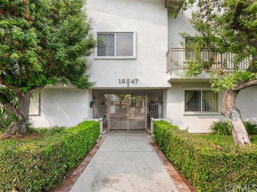 Photo of 18547 Collins Street #B26, Tarzana, CA 91356 (MLS # BB20187078)