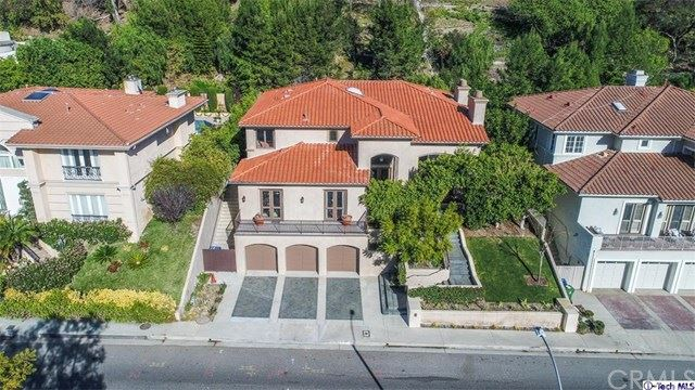 Photo of 2826 Deep Canyon Drive, Beverly Hills, CA 90210 (MLS # 320004078)