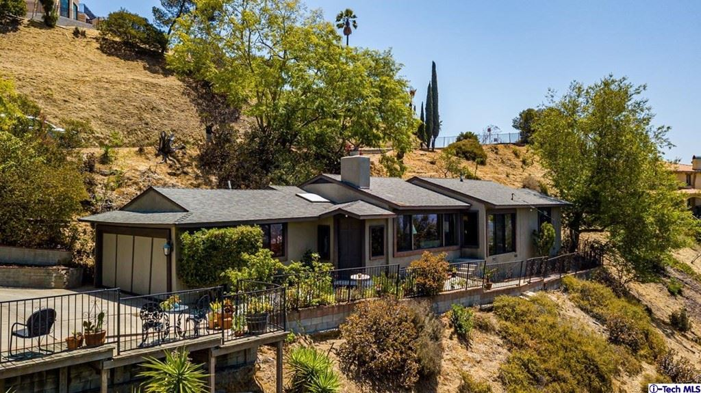 Photo of 1674 Valley View Road, Glendale, CA 91202 (MLS # 320007079)