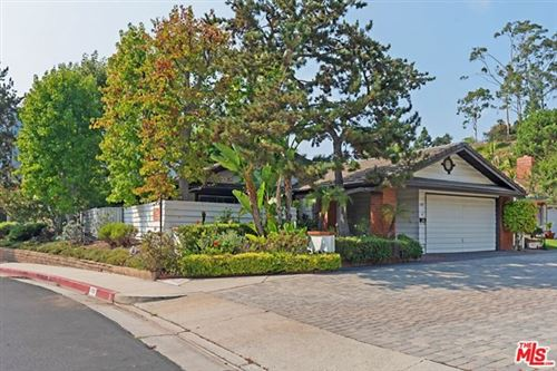 Photo of 17197 Avenida De Santa Ynez, Pacific Palisades, CA 90272 (MLS # 20642080)