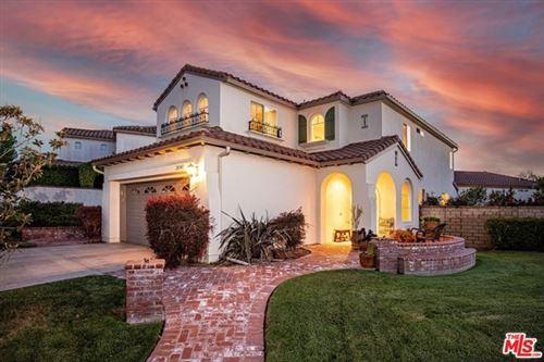 Photo of 28345 Berylwood Place, Santa Clarita, CA 91354 (MLS # 21720080)