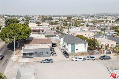 Photo of 3001 W Florence Avenue, Los Angeles, CA 90043 (MLS # 21729080)