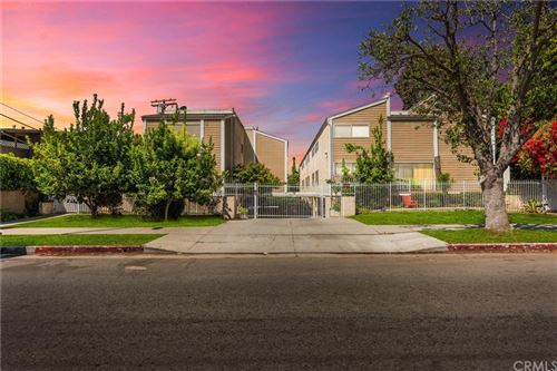Photo of 4125 Inglewood Boulevard #9, Los Angeles, CA 90066 (MLS # OC21125080)
