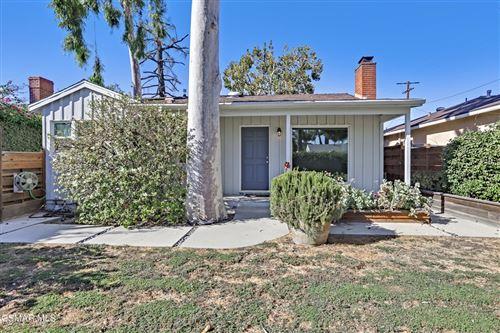 Photo of 22021 Covello Street, Canoga Park, CA 91303 (MLS # 221005081)