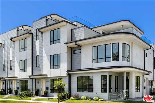 Photo of 3277 S Barrington Avenue, Los Angeles, CA 90066 (MLS # 21779082)