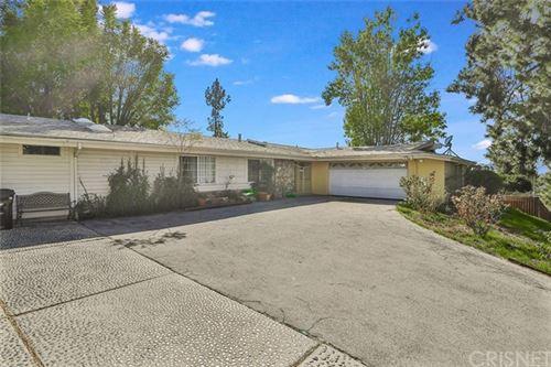 Photo of 20860 Exhibit Place, Woodland Hills, CA 91367 (MLS # SR21043082)