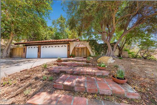 Photo of 28652 Acacia Glen Street, Agoura Hills, CA 91301 (MLS # V1-7082)