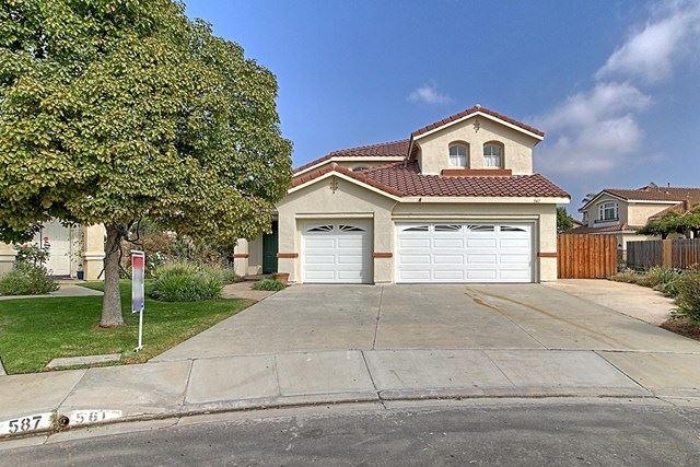 Photo of 561 Avenida Gaviota, Camarillo, CA 93012 (MLS # V1-2082)