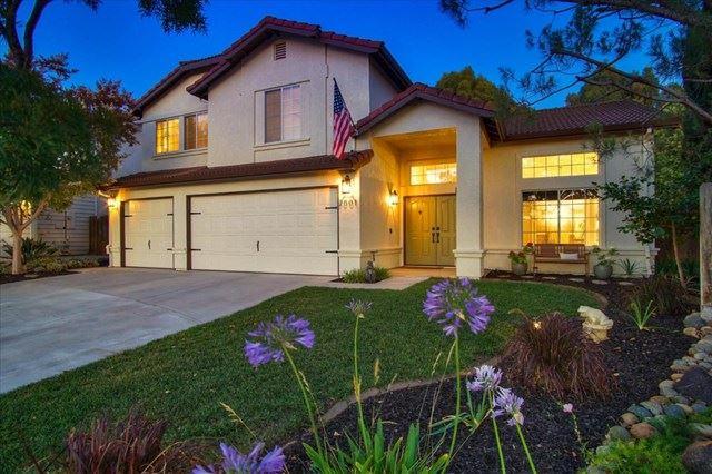 2001 Hickory Court, Hollister, CA 95023 - #: ML81800083